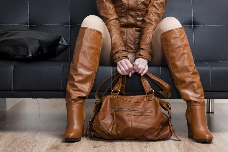 дежда, обувь и аксессуары должны быть на людях