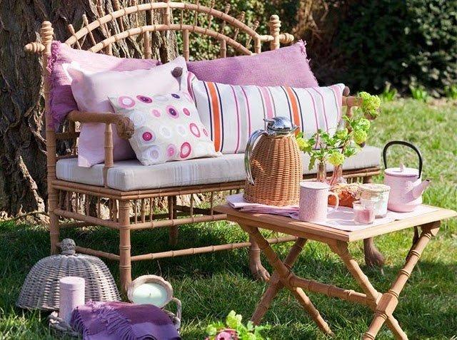 Уютное место в саду