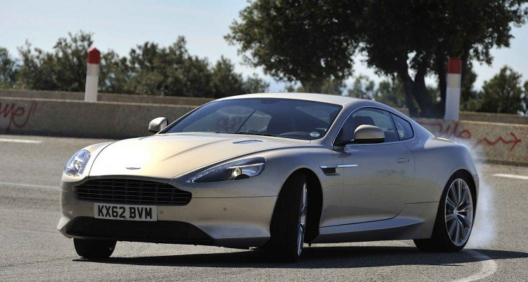 Aston Martin DB9_3_Coupe_front