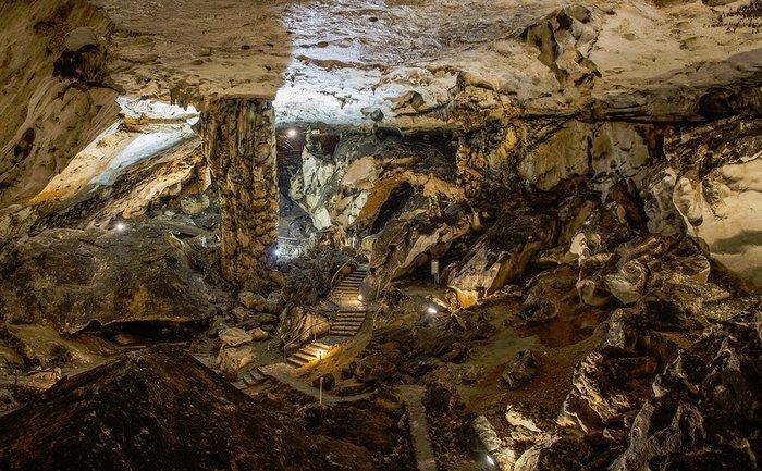 Две крупнейшие пещеры в Болгарии (фото и видео)