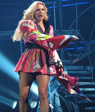 Еще фото  с концерта Бритни | СПЛЕТНИК