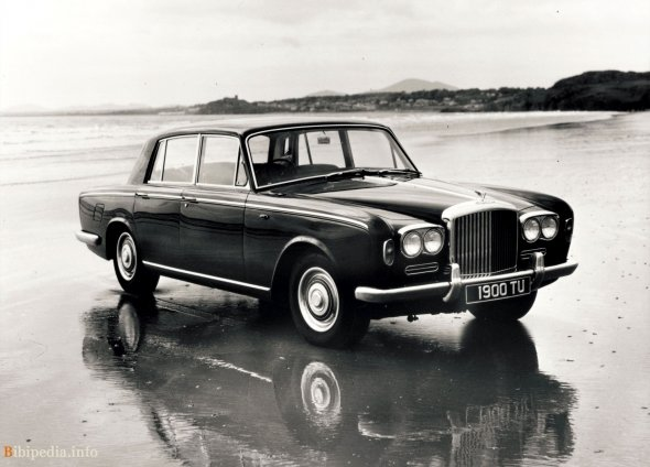 Фото  Bentley T1 saloon 1965 - 1976 — Бибипедия