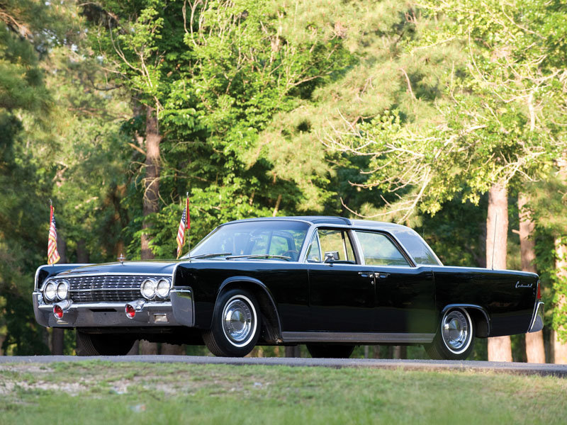 Фото Lincoln Continental Bubbletop Kennedy Limousine 1962 - Фотографии автомобилей - HorsePowers.ru