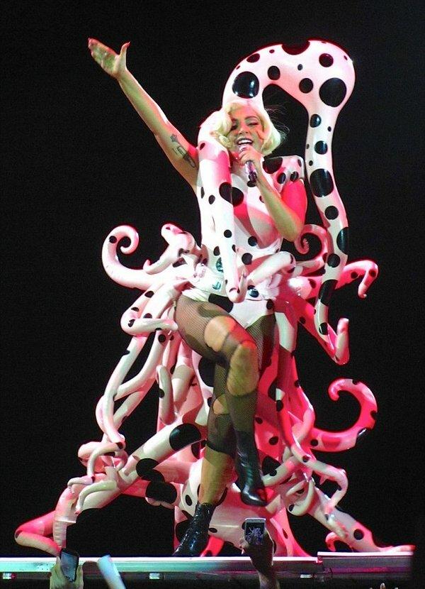 Фото с концерта Леди Гага