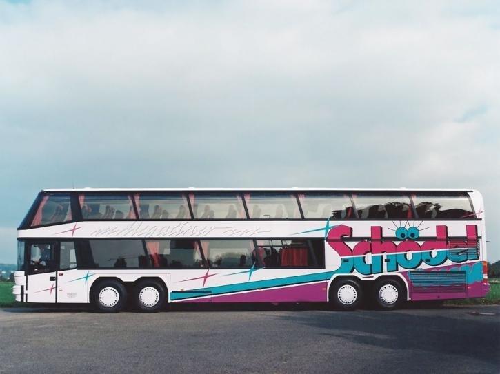 Фотографии 1994 Neoplan Megaliner. Фото, заставки и обои для рабочего стола c автомобилем Neoplan Megaliner 1994 года. VERcity