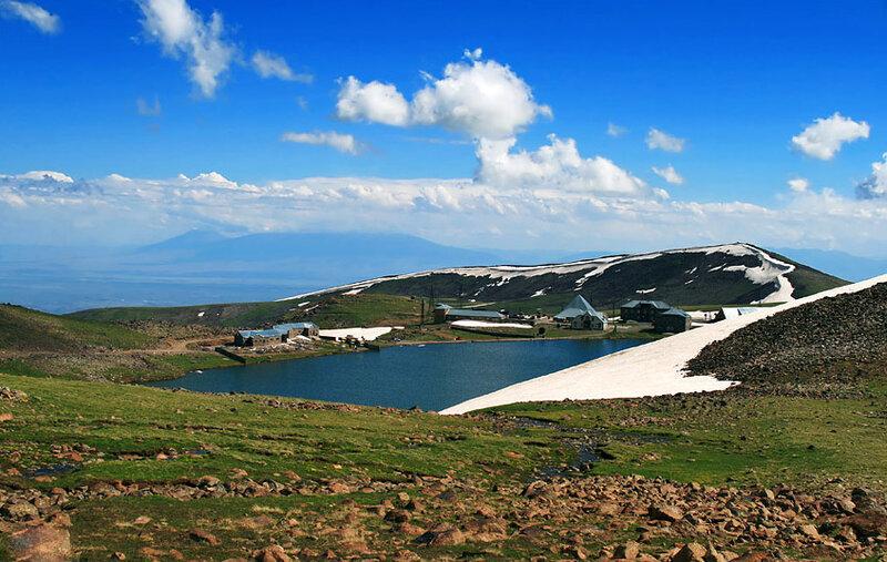 Горное озеро -  Photo Armenia