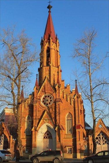 польский католический костел иркутск