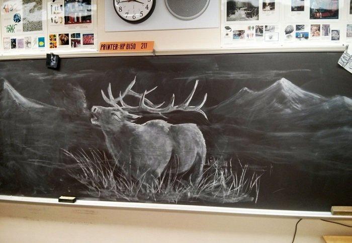 Картина, нарисованная мелом на школьной доске.