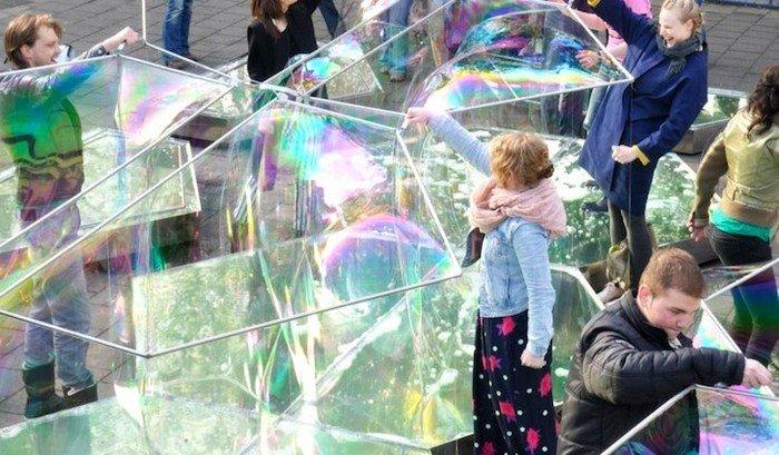 Комната из мыльных пузырей