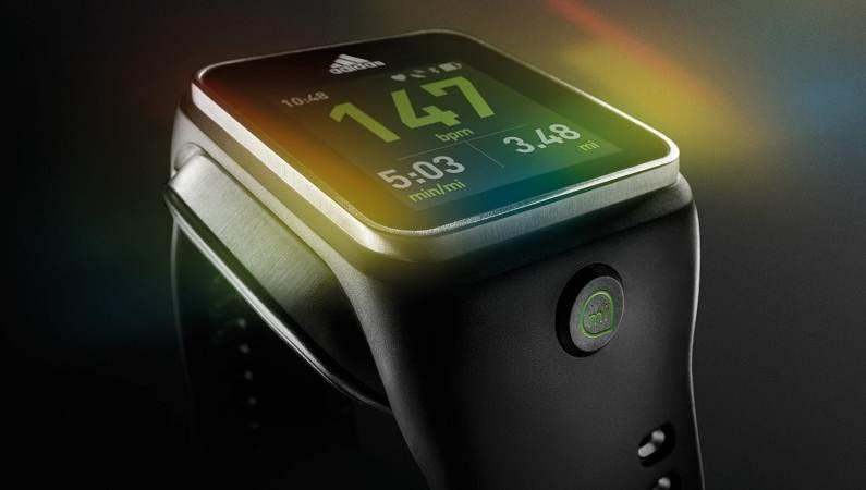 Новинка  от Adidas – смарт часы miCoach Smart Run