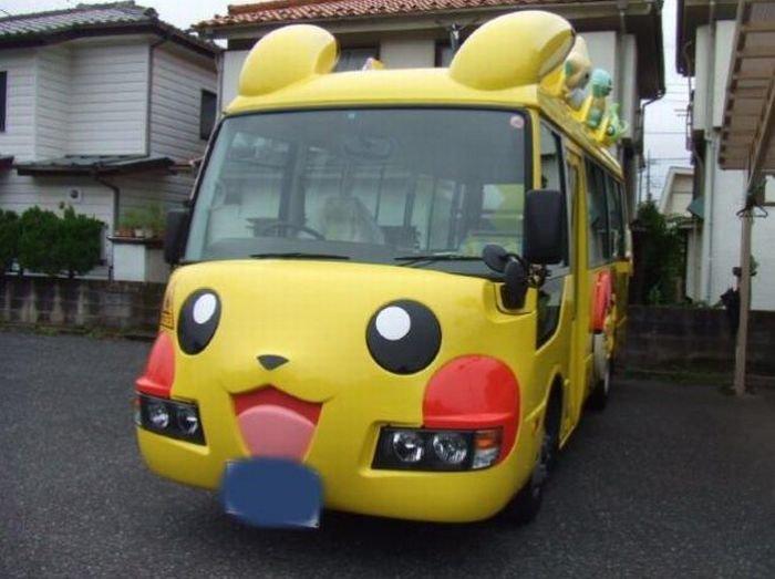 Веселые школьные автобусы картинки, открытка для