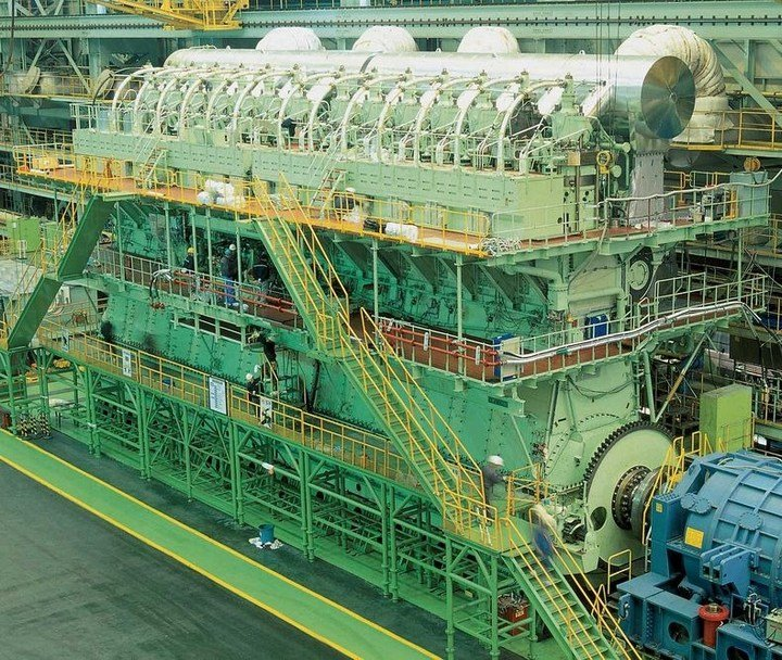 Самый большой и мощный дизельный двигатель в мире (1)