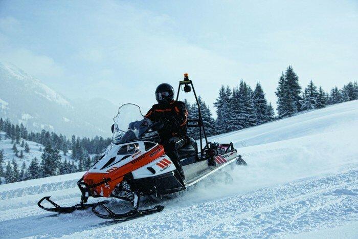 Топ 5 лучших снегоходов 2015