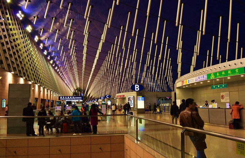 В международном аэропорту Шанхая