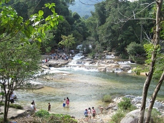 Водопад Янгбей и крокодиловая ферма - Нячанг - курорт меняющий реальность
