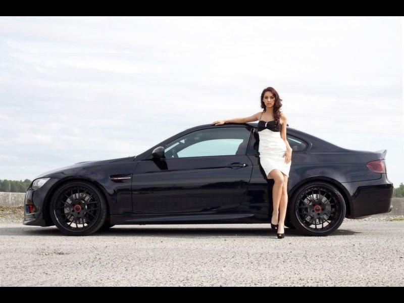 Выбираем автомобиль для девушки.