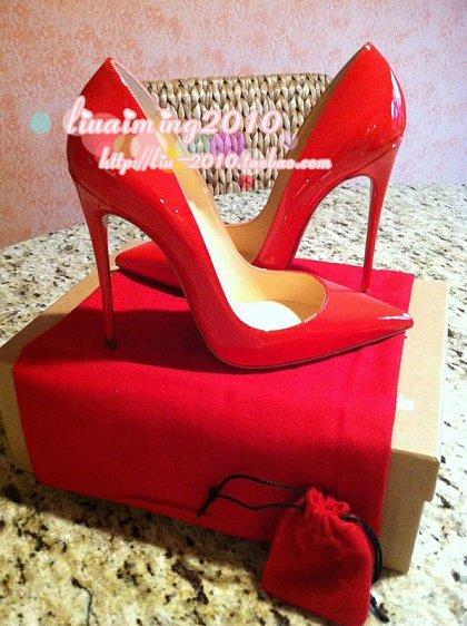 Красные туфли-лодочки Christian Louboutin, Pigalle