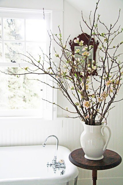 decoração-com-galhos-secos-de-uma-arvore