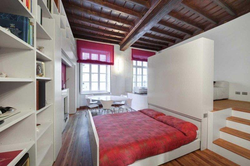 Интерьер спального места в маленькой квартире