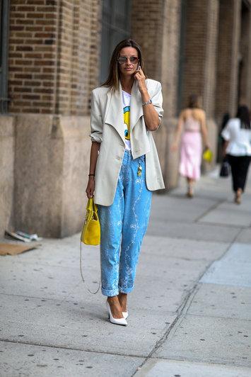 модные джинсы свысокой талией фото