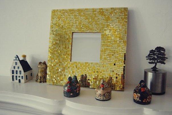Мастер-класс: декорирование обыкновенного зеркала в деревянной рамке