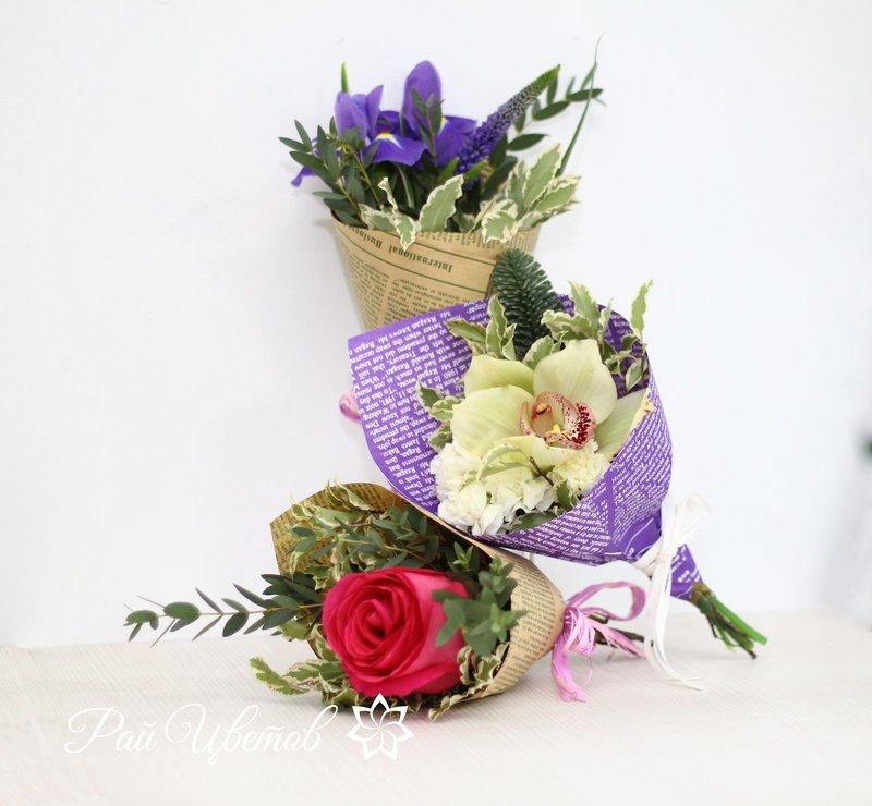 Маленькие букеты из цветов