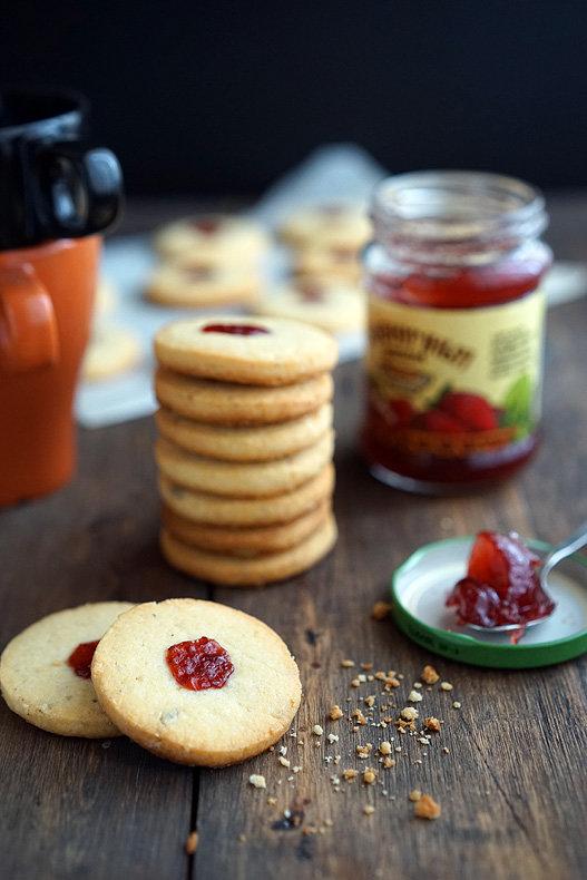 Как приготовить песочное печенье с джемом, пошаговый рецепт с фото, блог и интернет-магазин с доставкой по России andychef.ru