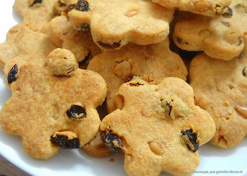 Печенье с изюмом и кедровыми орехами • Печенье