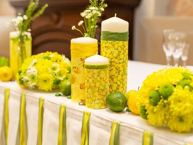 Яркая сине-жёлтая свадьба 36