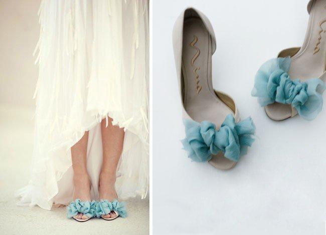 Элегантное украшение для свадебных туфлей