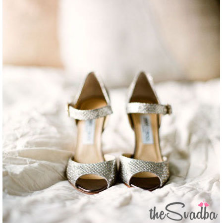 Фотография > Босоножки на свадьбу