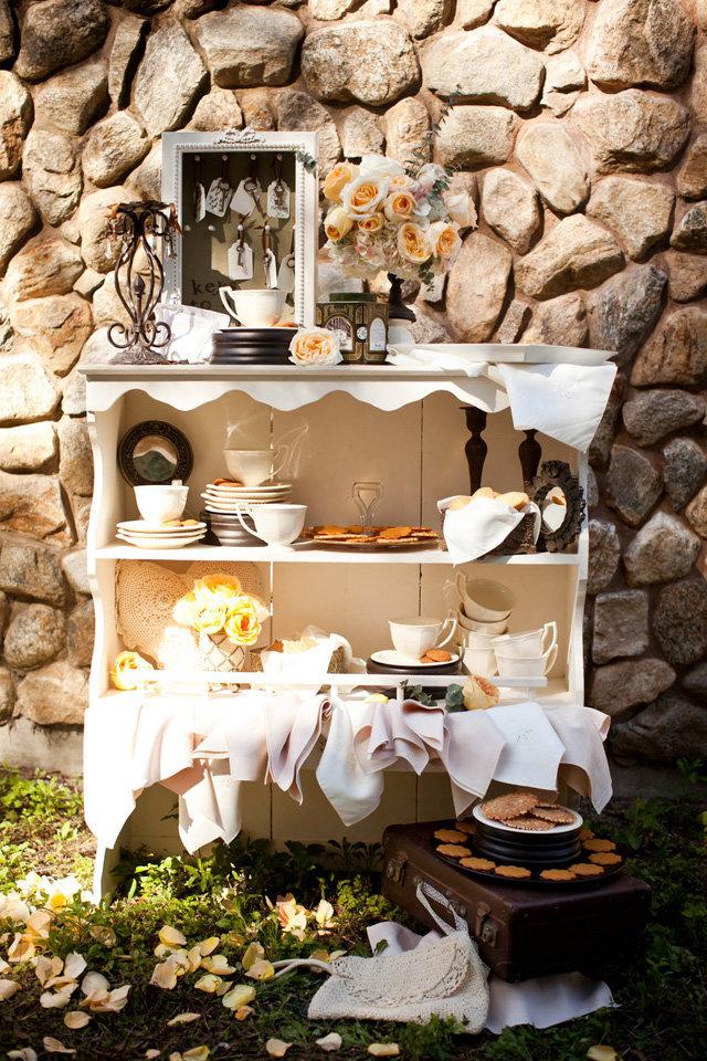Идеи для свадебной фотосессии: лес и печеньки