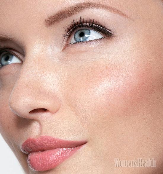 Как стать моложе: правильный макияж