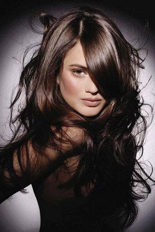 косая челка длинные волосы фото | Фотоархив