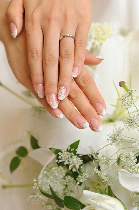 Объемный свадебный маникюр фото 4