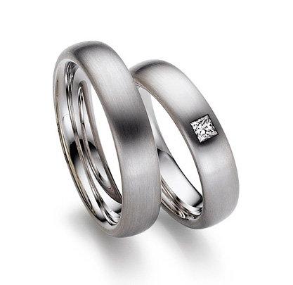 Обручальные кольца August Gerstner из белого золота, с бриллиантами