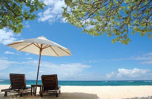 Песчаный пляж Бали