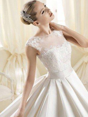 Признаки свадебного платья