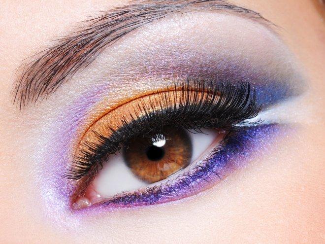 ru.depositphotos.com/ValuaVitaly: Макияж в оранжево-фиолетовых тонах
