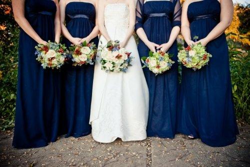 Синий цвет: оформление свадьбы по-королевски