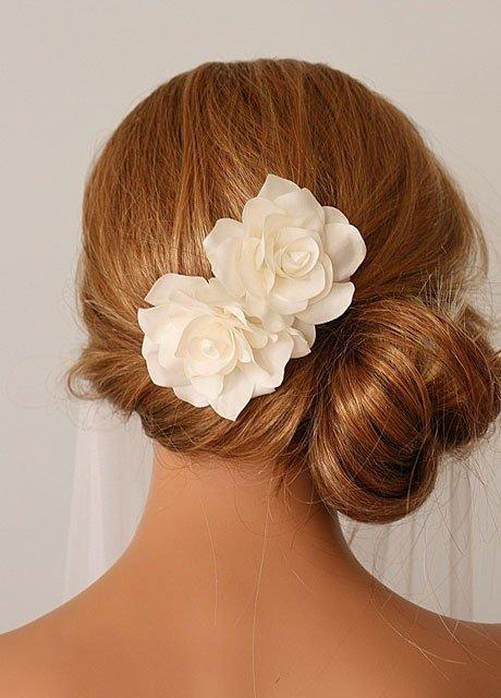 свадебная прическа асимметрия  на длинные волосы