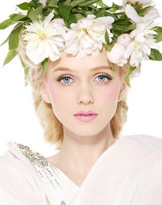 свадебный макияж белый пион