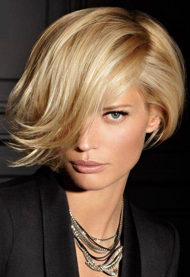 Женские прически на средние волосы | Женские стрижки на средние волосы