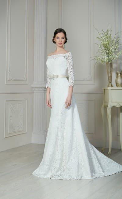 Свадебные платья прямые с вырезом