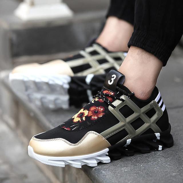 Оригинальные кроссовки в повседневном стиле