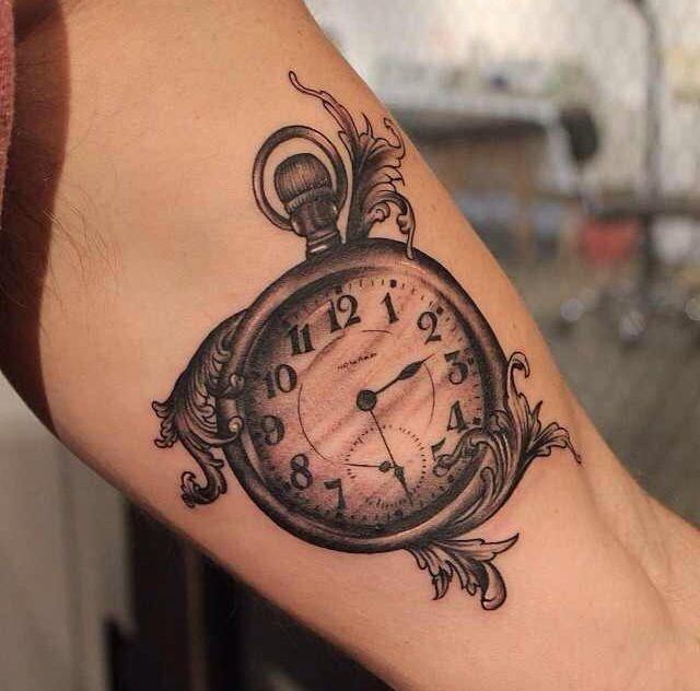 Тату «песочные часы», значение которой рассмотрено выше, не является популярной.