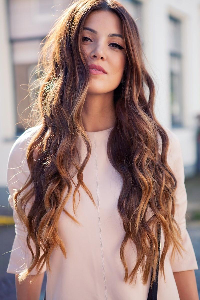 укладка длинных волос. фото