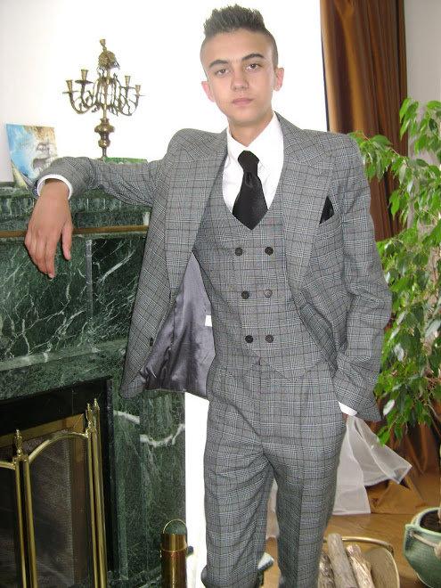 b938897cac42 Мужской классический костюм тройка в клетку.» — карточка ...