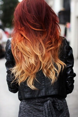 Омбре на рыжие волосы сделает прическу яркой и оригинальной, при этом сохранив здоровье волос. Техника амбре в последнее время весьма популярна.