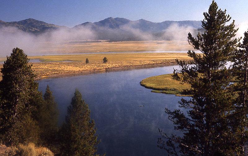 1024px-Yellowstonesteam.jpg (1024×644)
